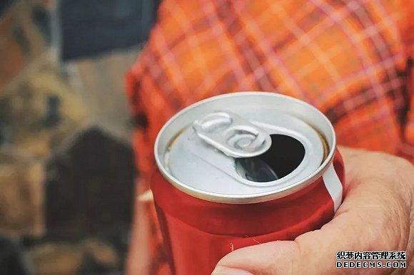 可乐与快餐广告扎堆,油腻的体育赞助需要瘦身吗?